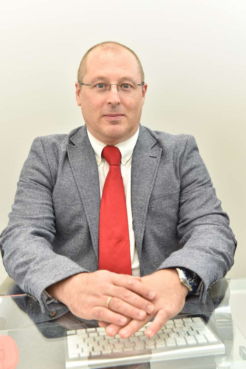 Dr. Joaquín Grande Gómez